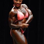 ShemuscleRaw Model Cassandra Turns Pro