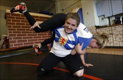 Jillian Mosher Takes Wrestling Bronze in Canada Games