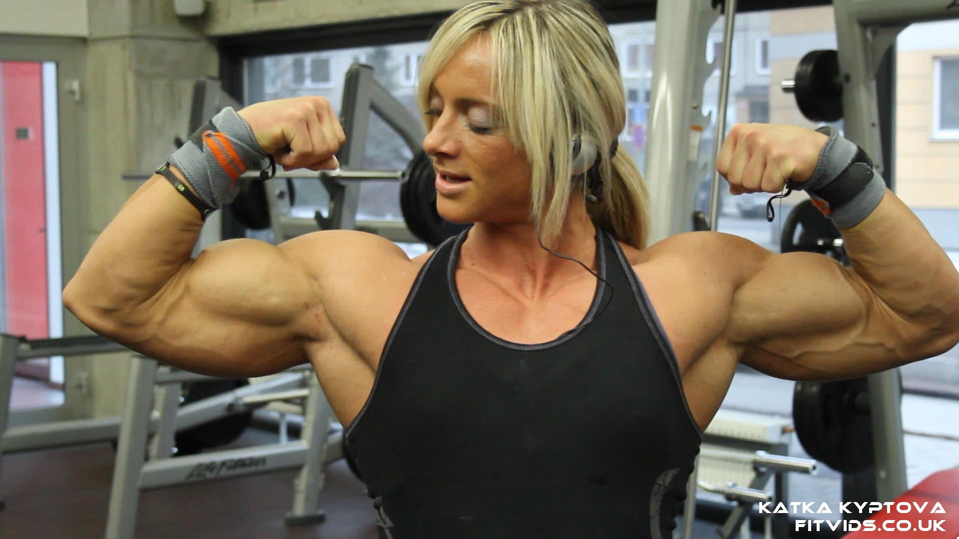 New Katka Kyptova Video! - Female Muscle