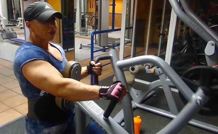 Virginia Sanchez Back Training Motivation   FemaleMuscle, Female Bodybuilding and TalkLive by ...