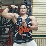 Iranian Female Bodybuilder Jailed over nude selfies